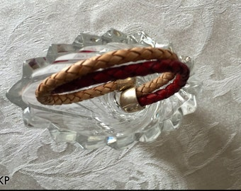 Red and Natural Genuine 5mm Bolo Leather Come Together in this Wire Core Adjustable Bracelet Cuff