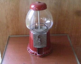 Vintage  Retro  Gumball  Machine