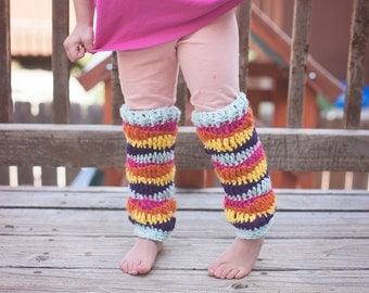 leggings crochet pattern, crochet patterns, crochet legwarmers pattern, wavy legwarmers patterns, photo prop patterns, girl crochet patterns