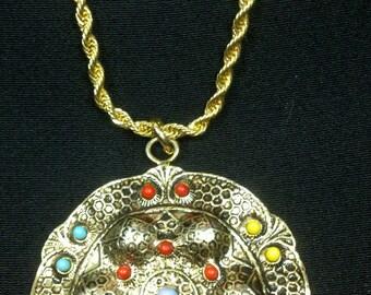 Sun Goddess Vintage 70s Necklace Shield Medallion 80s Pendant Necklace
