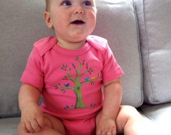Tree with birdies/ Organic baby girl/ eco baby/spring baby/baby bodysuit/pink fun baby clothing