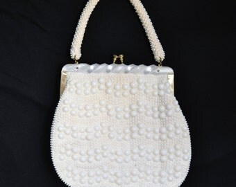 Vintage 1960's Cream and White Beaded Handbag with Acrylic Clasp Made in Hong Kong