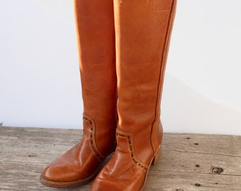 Sprint Sale!!! Dingo Acme Leather Women's Boots Size 7 1/2 Slim Calves, perfect for fall, very good condition, stacked heel