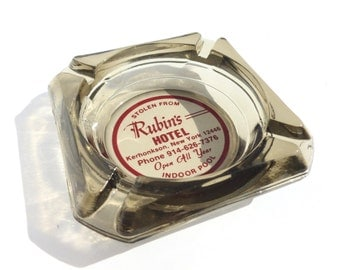 Rubin's Hotel Kerhonkson New York NY Smokey Glass Ashtray Travel Souvenir