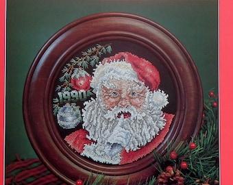 Stoney Creek Collection 1990 SANTA CHRISTMAS PLATE - Counted Cross Stitch Pattern Chart