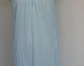 Vintage Nightgown Lace Nylon Kayser Silky Nylon Petite