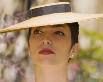 The All About Eve Hat - Race Day Boater w/ Dark Navy Ribbon - Straw Coolie - Wide Brim 50's Hat