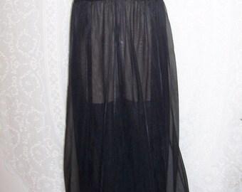 Size Medium - Vintage Nightgown - from Val Mode - Nightie - Full Length - Black - Nylon