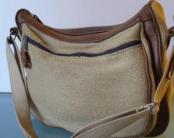 Chattahoochee Bag & Baggage Crossbody Messenger Bag