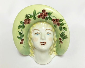 Vintage Lady Head Vase Wall Pocket with Bonnet~ Rare USA / Signed