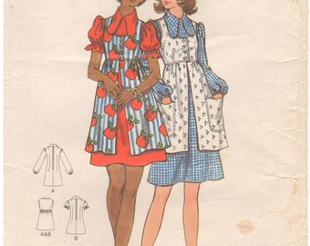 1970s - Butterick 6504 Vintage Sewing Pattern Junior Size 13 Bust 35 Dress Smock Semi Fitted A Line  Puff Sleeve High Waist Gathered Skirt