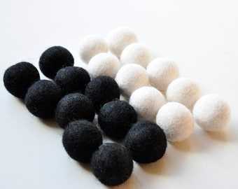 Black and White Felt Ball Pack, 20 Pieces, Wool Felt Balls