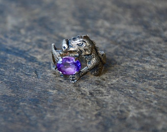 Vintage Clark & Coombs Ring Sterling Silver Dragon Purple Stone Egg Gold Vermeil Statement Ring Size 4 1/2 1960's / Vintage Designer Jewelry