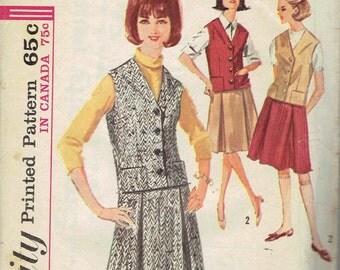 1960s Knee Length Pleated Skirt and Weskit or Vest Pattern Simplicity 5615 Size 12 Bust 32