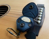 Guitar Pick Leather Case Pick Pouch Keyring Guitarist Accessory