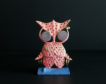 Vintage Owl Earring Holder Kitschy Pink and Blue Metal Stand made By Libby