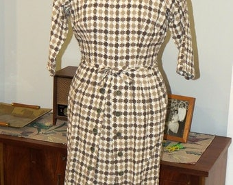 Vintage 1960s | Brown, Tan and White Houndstooth Dress | Size Small