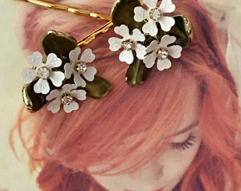 Decorative Hair Pins Bridal Jewelry 1940's White Enamel Dogwood Rose Rhinestone Hairpins Bobby Pins Woodland Wedding