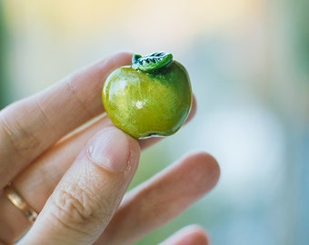 Green Apple Brooch, fruit cute tiny jewelry, vegetarian jewelry