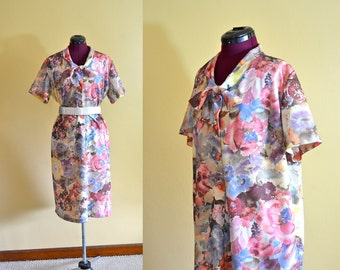 1970s Vintage Plus Size Floral Sheath Dress size XXXL bust 50