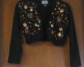 M Medium Vintage 80s 90s Black Joujou Made in USA Beads Gold Charms Sequins Hipster Alternative Indie Hippie Boho Tacky Jacket Bolero