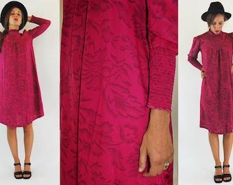 1970s Fuchsia Floral Shift Dress