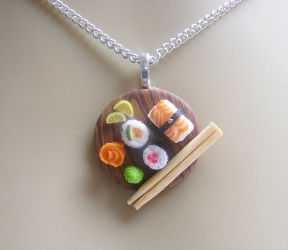 Love this sushi platter necklace