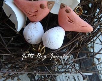 Thumbnail Peachy polymer bird bead. Pantone cadmium orange bird. peach. egg beads. rustic bird bead. woodland nature bead.  Jettabugjewelry