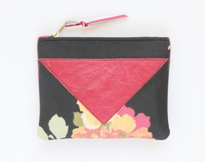 SALE / Cotton pouch-natural leather pouch-floral print-black red-cosmetic purse-small leather purse-zipper pouch-small bag /SPLASH 62