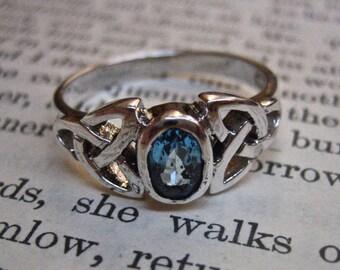 Vintage 925 Sterling Silver GENUINE Blue Topaz Ring