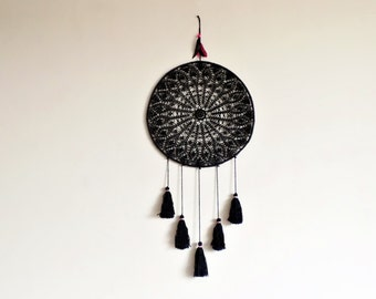 Dream catcher, crochet doily, wall decoration, black dreamcatcher, crochet mandala, home decor, attrape rêves, traumfänger, hanging, large