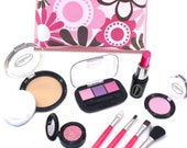 Pretend Makeup Touch Up Set