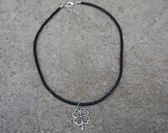 Black Clover Choker, Black Choker with 4 Leaf Clover Charm, Shamrock Choker, St Patricks Day Gift for Her, Hipster, Boho, Minimalist Four