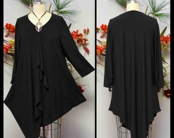 Asymmetrical Lagenlook Attention getter and designer L, XL AND 1XL