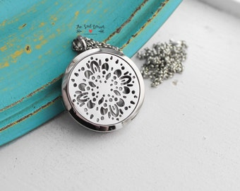 Essential Oil Locket | Stainless Steel EO Diffuser Locket | Aromatherapy Diffusing Necklace | Scent Locket | Parfum | Perfume Necklace