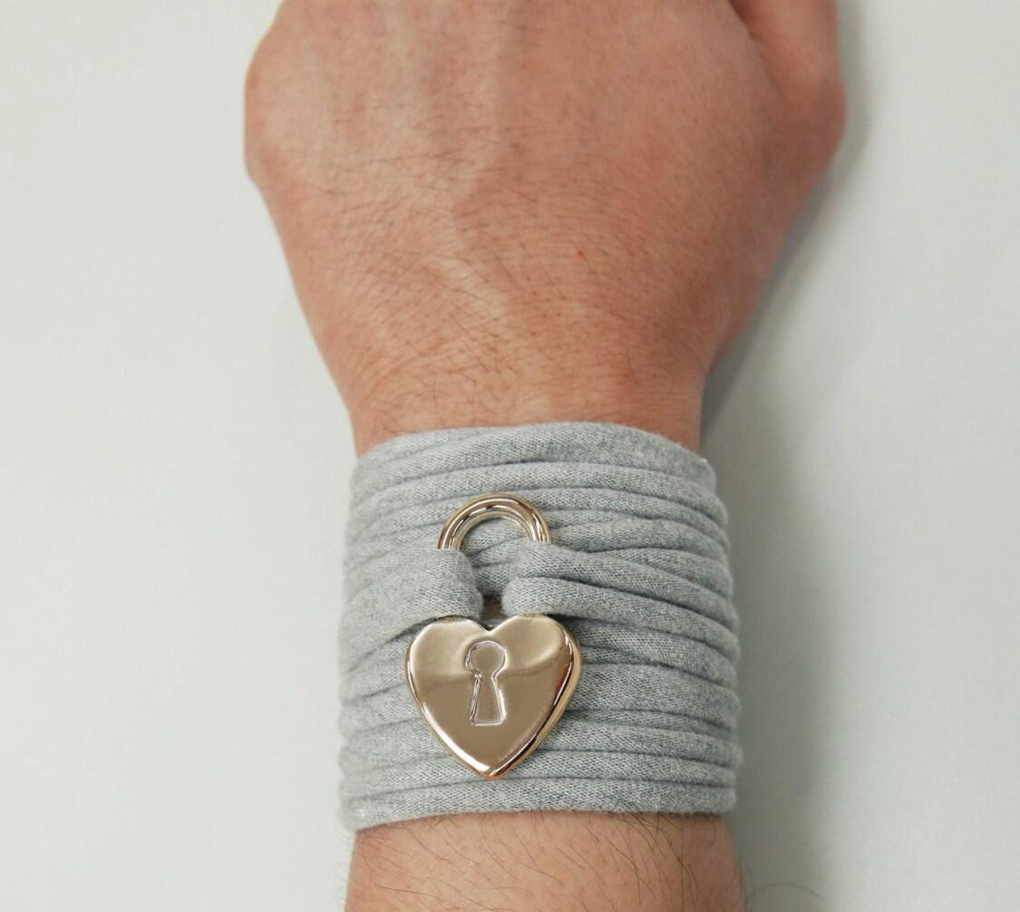 Gold Wrist Bracelet: Gold Charm Wrap Bracelet Stretch Wrist BraceletFashion