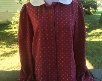 1970s Peter Pan collar blouse