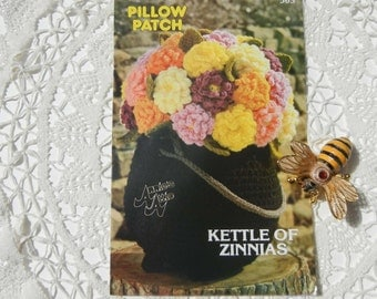 Kettle of Zinnas Crochet Pillow Patch Crochet Pattern  Leaflet by Annie's Attic, Vintage Crochet Leaflet (1982)