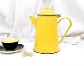 Vintage Bright Yellow Enamelware Cafetière, Coffee Pot, French Country Decor, Retro Vintage Home Interior, Enamel, Cottage Kitchenware