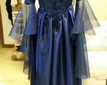 Stunning Medival dress - Rowena Ravenclaw enspired - perfect for cosplay, parties... a must have for any Ravenclaw fan!!