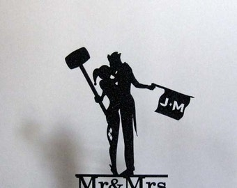 Personalized Wedding Cake Topper - Joker and Harley Quinn silhouette with personalized Initials and Mr & Mrs last name