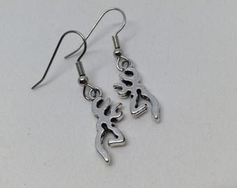 Deer head earrings, hunter earrings, hunting earrings, hunt earrings, outdoors