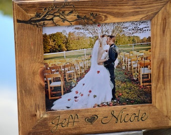 Love Birds Wooden Frame - Picture Frame - Wedding Gift - Personalized Gift - Customized Wooden Picture Frame - Christmas Gift Laser Engraved