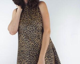 Vintage 90s Velvet Leopard Print Shift Dress