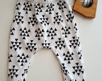 READY TO SHIP Toddler pants Black triangle and white harem pants 2-3
