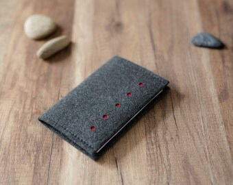Passport cover - dotted felt