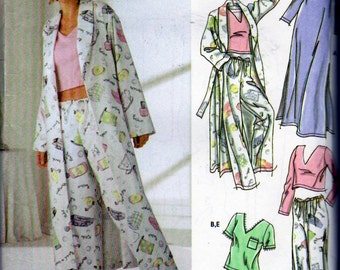 Simplicity 5877, Misses Size 14 to 24 Nightgowns, Short Pajamas, Long Pajamas and Bathrobe, For Use with T Shirt Fabric ,Sewing Pattern