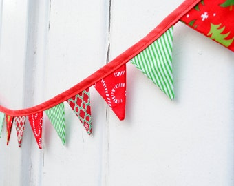 Mini Christmas Red Candy Cane Green Pennant Banner Fabric Bunting