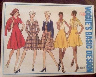 Vogue Basic Design Pattern 2823 Sz 12 UNCUT Misses Petite Dress & Jacket