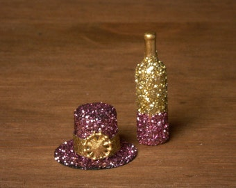 Glittering Miniature Party Top Hat for your Dollhouse